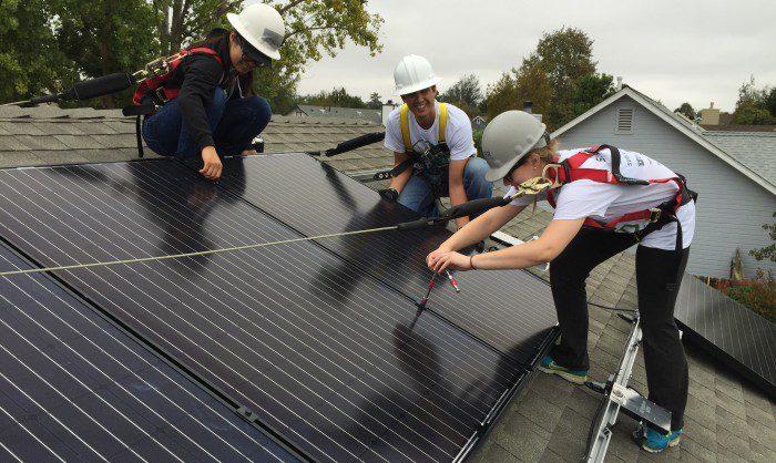 Brighten Solar Co. at Solarthon 2015!