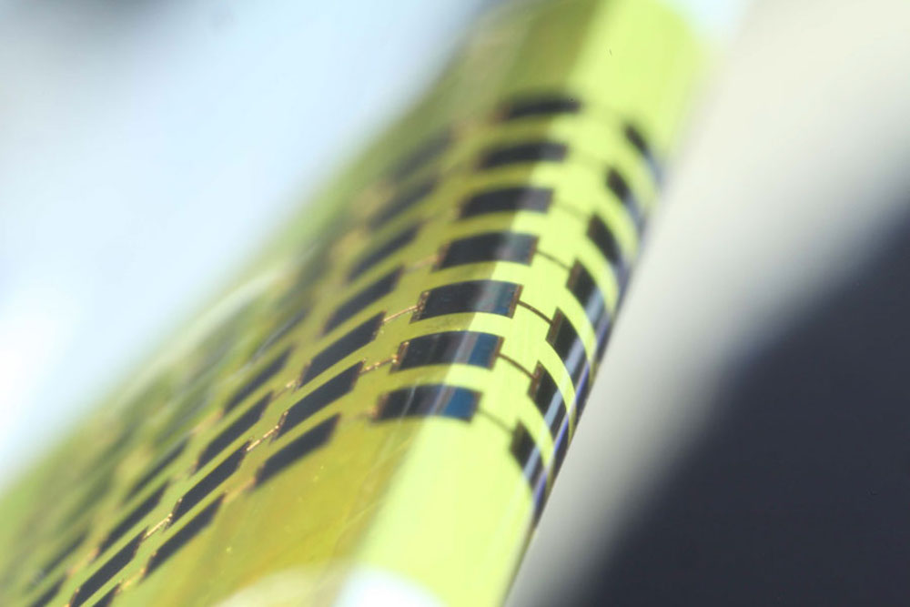 Ultra-thin Solar Cells Easily Bend Around Pencils